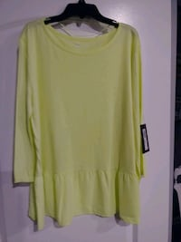 Blouse New W/Tag Size L Martinsburg, 25404