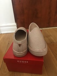 New Guess shoes size 8.5 Montréal, H4M