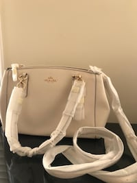 Brand new Coach Bag Vienna, 22180