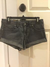 Brand new Jean short and shirt. Short is size 5. Shirt is small Dumfries, 22026