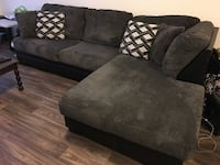 Gray & black couch Vancouver, 98661
