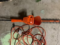 """Black And Decker 13"""" Hedge Trimmers Cut Double Insulated Owings Mills, 21117"""