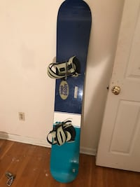 Blue and black snowboard with bindings Derwood, 20855