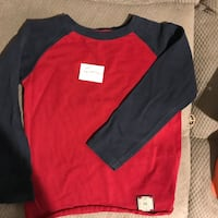Lot of 3 Gap long sleeve shirts for boys size 4-5t 461 mi