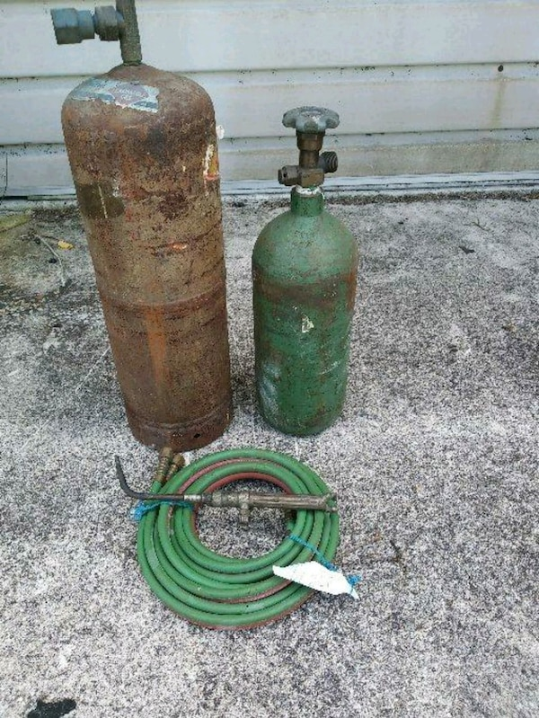 Oxy Acetylene Bottle  With hoses  //Welding torch