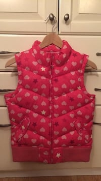 12-16 GAPkids girl's pink hearts stars quilted outdoor vest Burnaby, V3N 2B7