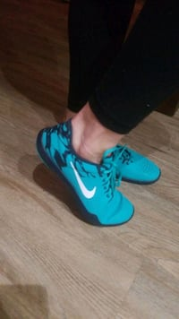 Nike Fitsole + support - size 10 Victoria, V8T 3S1