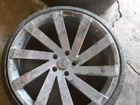 gray 5-spoke vehicle wheel Inkster, 48141