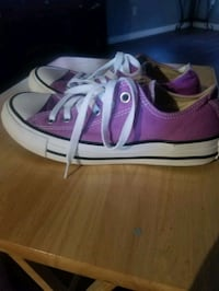 converse shoes in good condition size 5 Lancaster, 93535