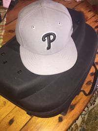 white and black fitted cap Oakland, 94602
