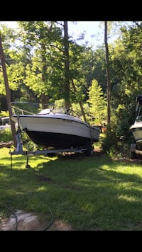 1992 20 foot fishing boat with cabin Columbia, 29212