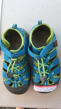 blue-and-green Keen's hiking sandals Chemainus, V0R