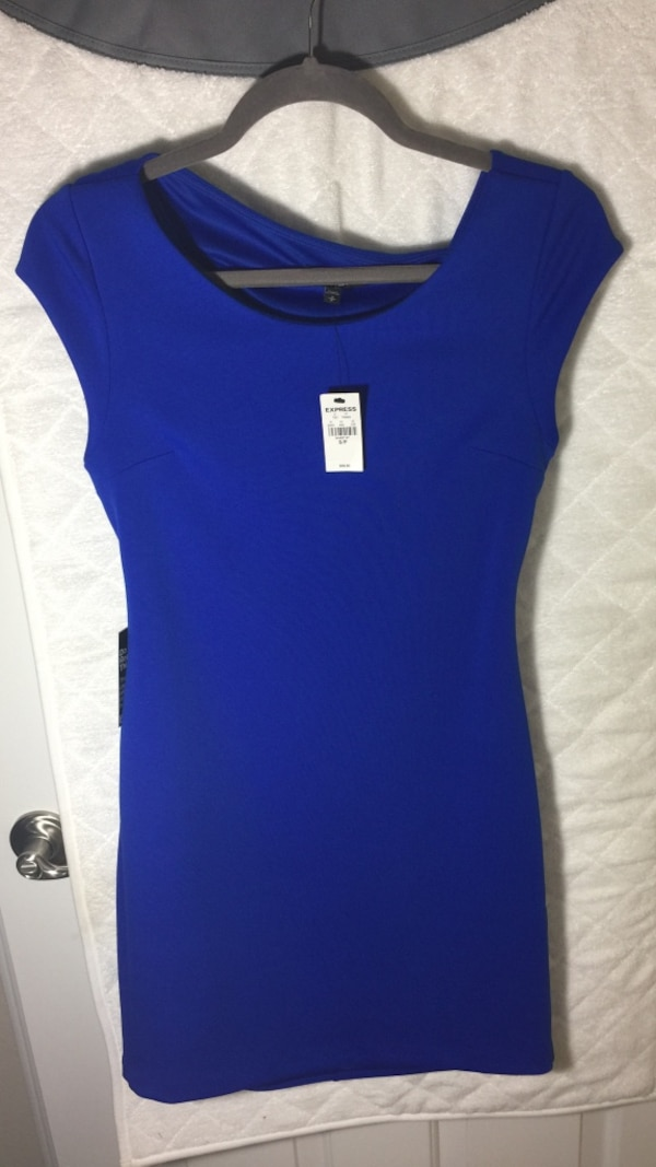 Express. New. Small dress