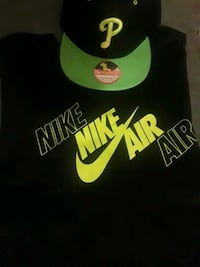 Nike dri fit technology black and neon green short Philadelphia, 19139