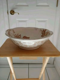 Antique Water Basin Jarrettsville
