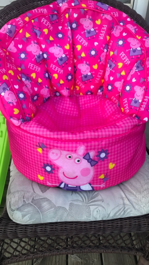 Used Peppa Pig Bean Bag Chair For Sale In Columbia City Letgo