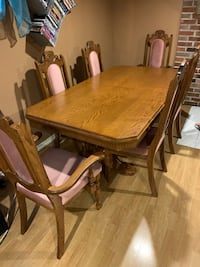 Dining table hutch set