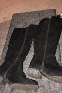 Black womans Boots