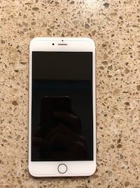 Iphone 6s Plus Rose Gold Mint Condition w/ screen protector and phone case Indialantic, 32903