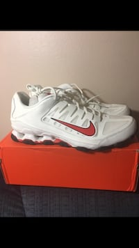 Brand New Men's Nike Shoes Sz 13 Carlisle, 50047