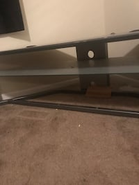 black and gray TV stand New Iberia, 70560