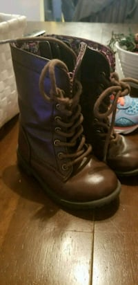Toddler size 6 boots Norfolk, 23517