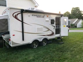 Camper/Travel Trailer