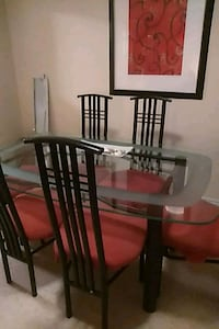 Glass table with 6 chairs Toronto, M1K 4H7
