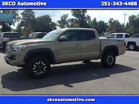 2017 Toyota Tacoma SR5 Double Cab 5 ft Bed V6 4x2 AT (Natl) Mobile