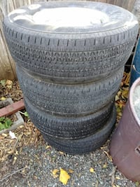 vehicle wheel with tire set