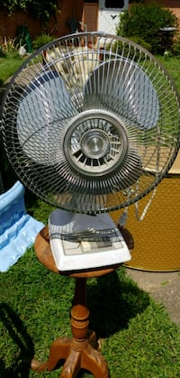 Table top fan North Bethesda, 20852