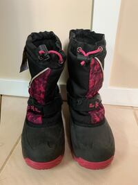 Child size 3 winter boots used Edmonton, T6L 3A5
