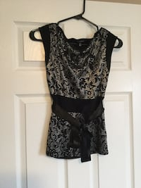 Ladies size small le chateau top, used once Milton, L9T 2R1