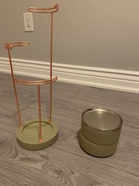 Umbra Jewellery Stand and Concrete Boxes Mississauga, L5R 3G5