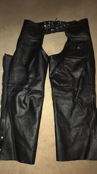 black leather chaps 2103 mi