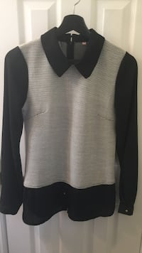 Blouse, small size in good condition  Vaughan, L4J