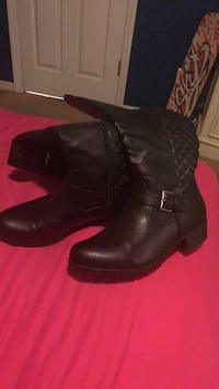 black boots size 9 womens Palm Bay, 32907