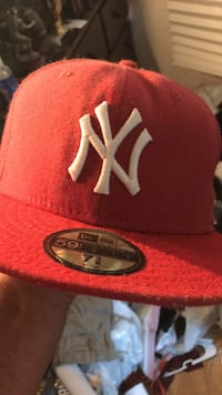 red and white New York Yankees fitted cap Jackson, 08527