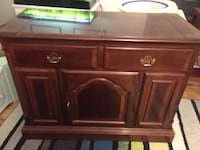 Cabinet w/ extendable top
