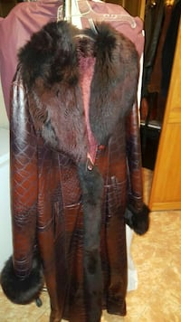 BRAND NEW CUSTOM MADE MAROON SHEARLING FUR COAT. Queens, 11367