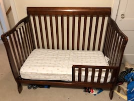 Crib/Toddler bed combo