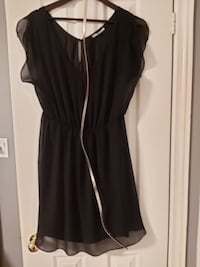 Pretty Black Dress with Rose Gold Detail (RW &Co LG) Mississauga