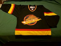 CCM Authentic Canucks skate jersey adult small Vancouver, V5L 1L1