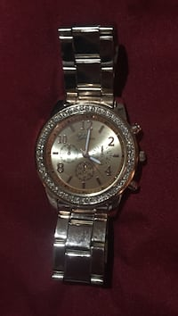 round silver Michael Kors chronograph watch with silver link bracelet Hurst, 76053