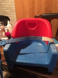 Blue and red bumbo seat Saint-Damase, J0H 1J0