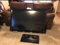 black flat screen TV with remote Fort Belvoir, 22060