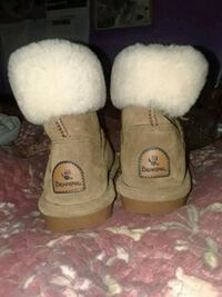 Size 6 bear paw short boots