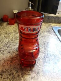 Molson Canadian skate beer mugs. Cambridge, N1R 8B2