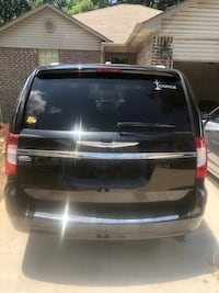 Chrysler - Town and Country - 2014 Little Rock