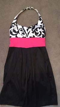 Women's white, black, and pink floral halter top dress Maineville, 45039